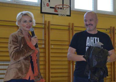 25_Obisk pisatelja Primoža Suhodolčana_r