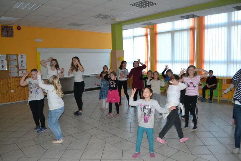 solski-ples-in-igre-2019__51_r