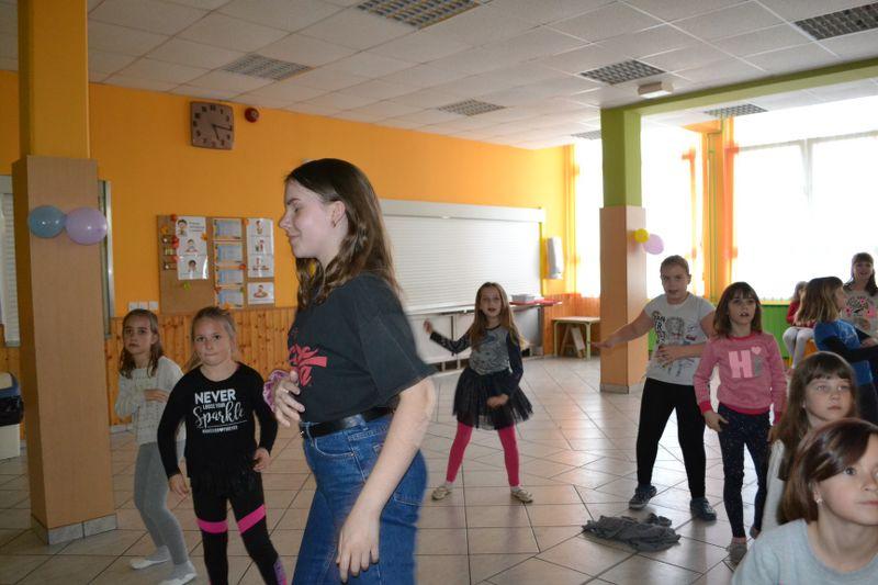 solski-ples-in-igre-2019__22_r